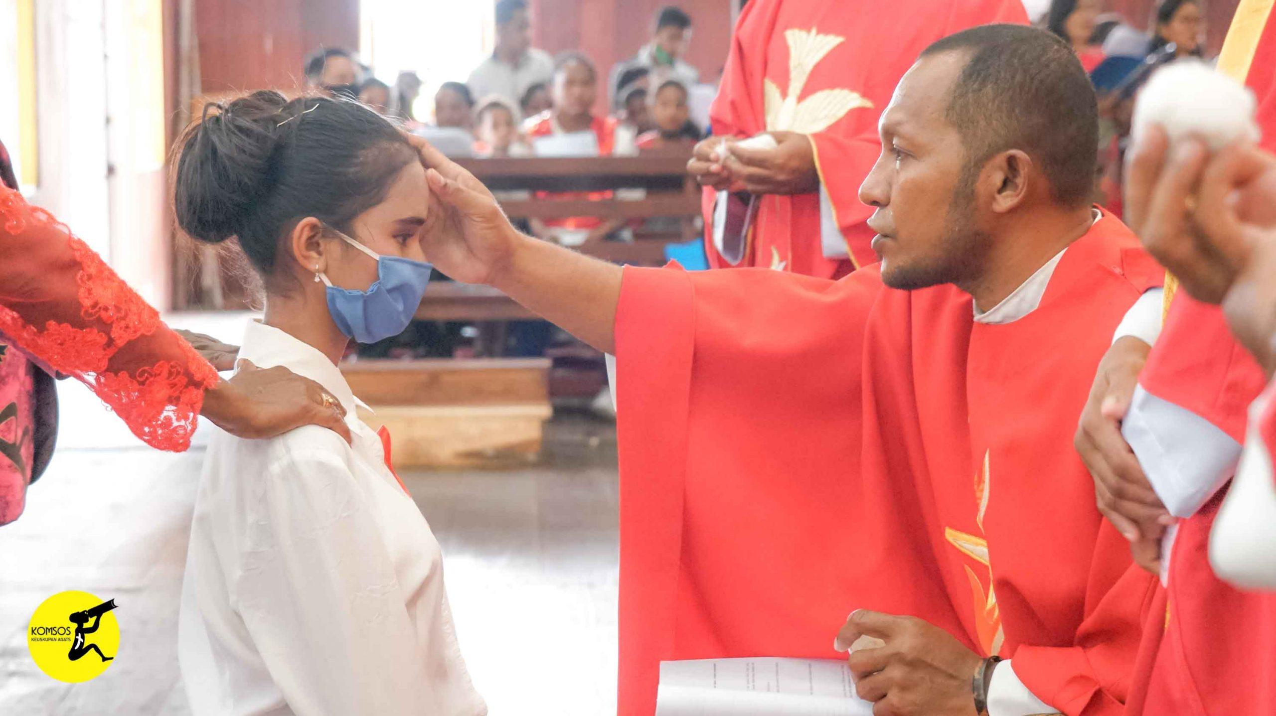 Krisma di Paroki Kristus Raja Mbait