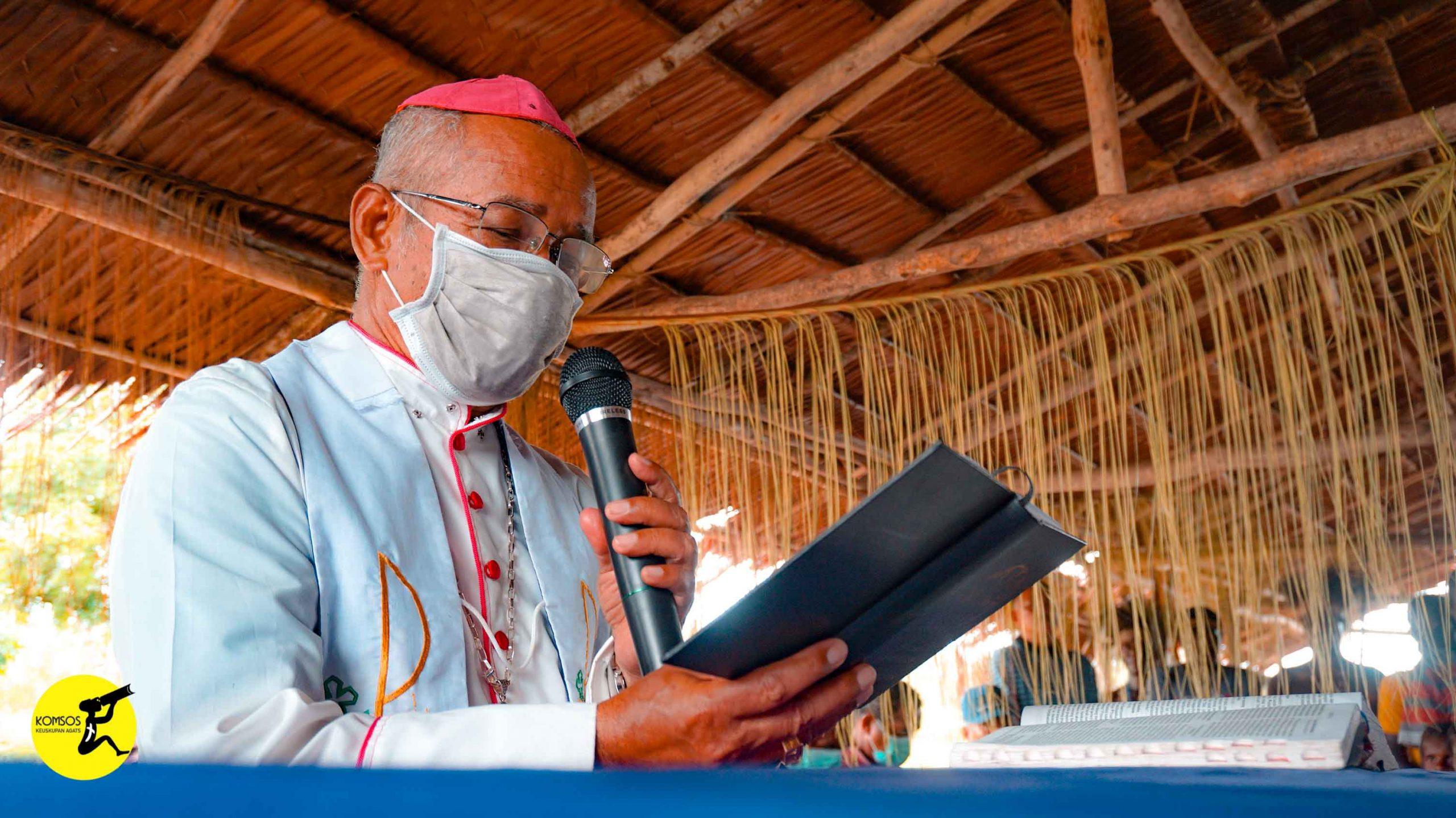 Penancapan Umpak Perdana Gereja St. Fransiskus Xaverius - Amagais